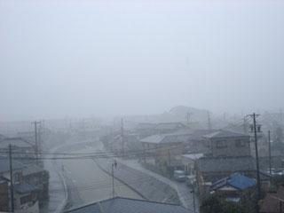 ▲10:14撮影。猛烈な雨です。